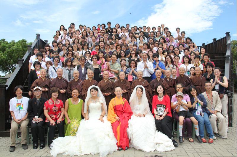 昭慧法師參加桃園弘擔學院舉行的全球第一個同志佛化婚禮  圖片來源:玄奘大學